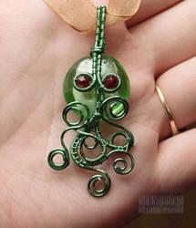 Cthulu pendant by ukapala