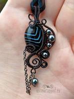 Black agate gothic pendant by ukapala