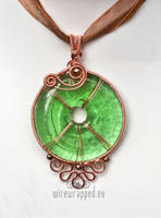 Green eye pendant by ukapala