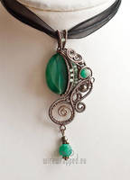Emerald green fantasy pendant by ukapala