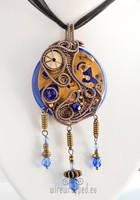 Steampunk round pendant by ukapala