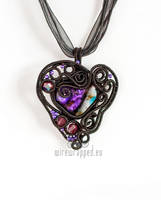 Wire wrapped gothic heart pendant by ukapala