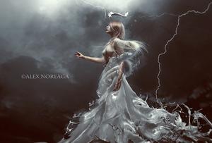 Queen II by alexnoreaga