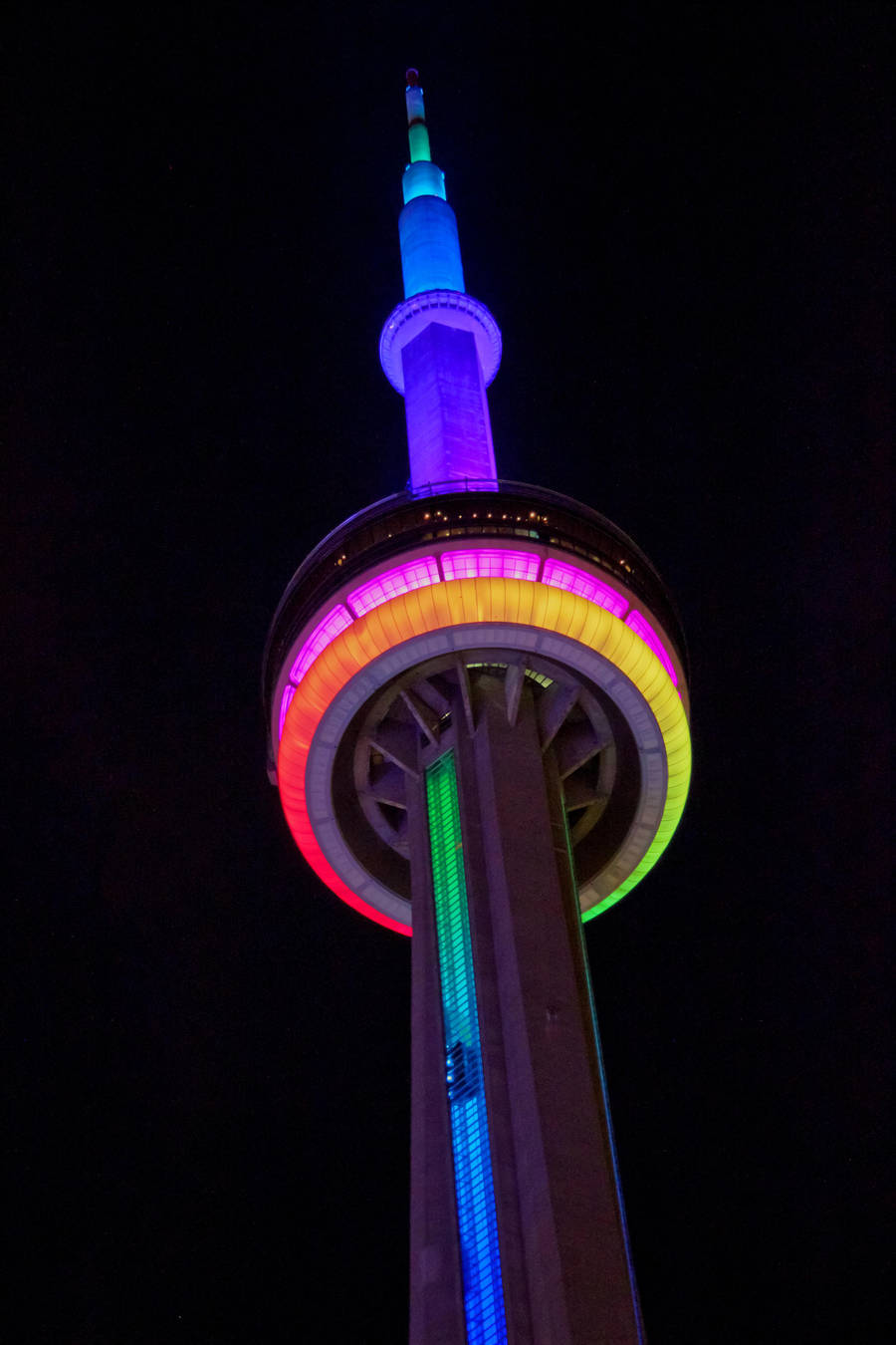 Rainbow CN Tower by vmulligan