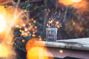Sparkly mood II by Marloeshi
