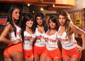 Hooters Photo session by Robvez