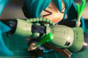 2013.11 Miku Love Zaku by KiraAkuma92