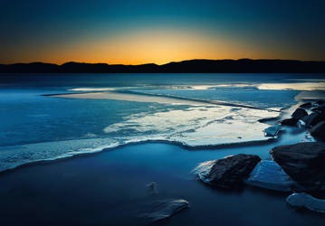 Winter serenity by streamweb