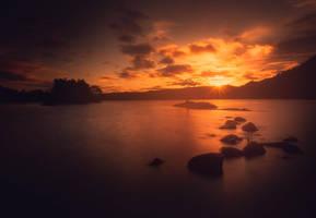 Autumn sunset by streamweb