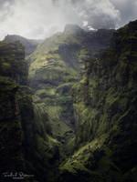 Hiking in a fairytale by streamweb