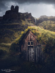 Icelandic turfhouse by streamweb