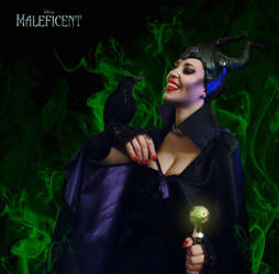 Maleficent cosplay by NadienSka