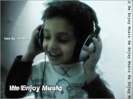 He Enjoy Music by alwafy
