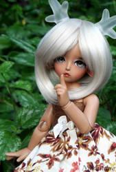 Ivy by Nurlindae