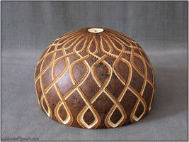 Gourd lamp bracket IV by day 4 by Calabarte