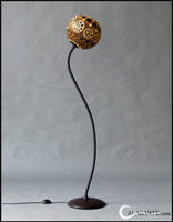 Floor lamp I - Florescence by Calabarte