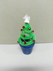 Tiny Christmas tree by KimmiJe