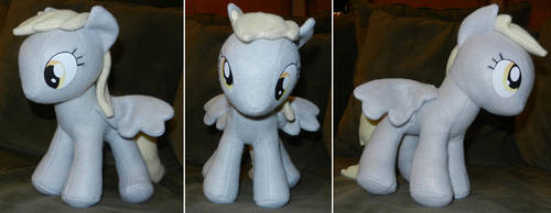 Derpy Hooves plush by MandyNeko