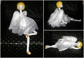 Christmas angel by SmallVixen