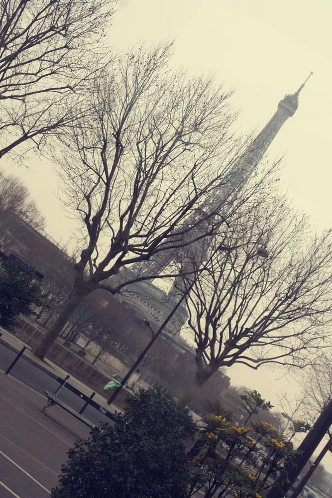 Eiffel by OctoberInMyHeart