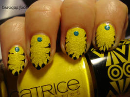 Yellow textured nails by naniii
