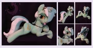 Custom Plush Lyra by Legadema