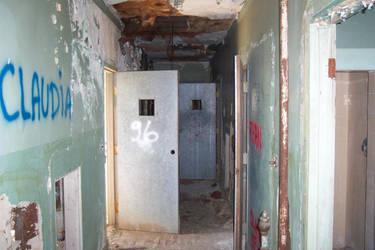 Dead Hallway by scripturemonkey