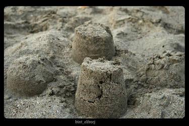 Sand castle by bint-elfreej
