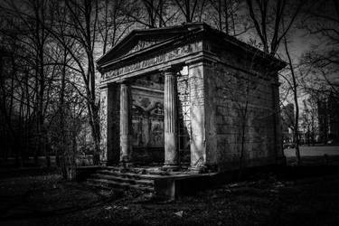 Old mausoleum by Peterdoesphotography