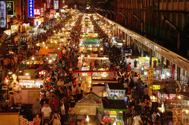 Zhongli Night Market by rasters