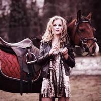Horse Girl.2 by nietypowaaa
