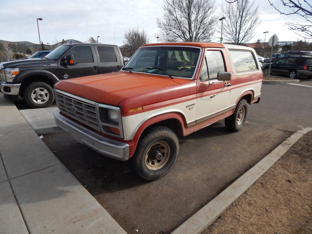 1985 ford bronco xlt by liebelivedeville