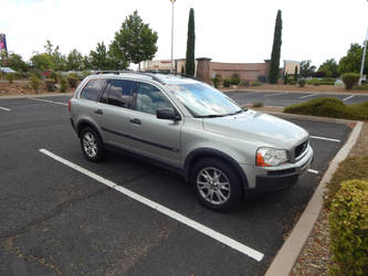 2005 Volvo XC90 T6 by LiebeLiveDeVille