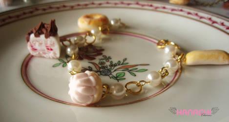 tea time gold bracelet by Hanachi-bj