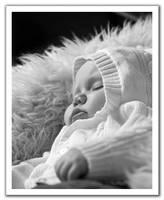 Baby-7 by pixelzeesh