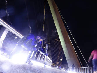 Nightwing Arkham City -cosplay - SDCC at night (1) by Tenraii