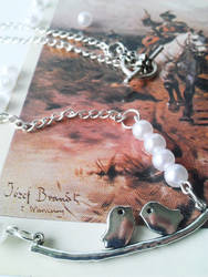 Birds on a Twig Pearl Classic Necklace by soophieO