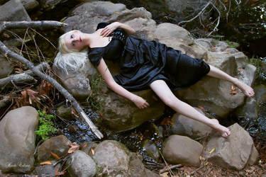 Where Beauty Lies XIII by pinupangel