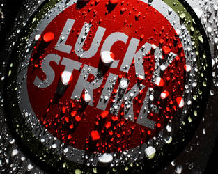 Lucky Strike by ZellNuk