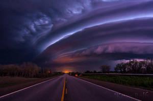 Massive Shelf Cloud near Kingman, KS by Bvilleweatherman