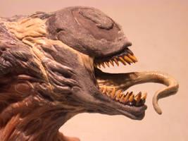 close-up venom by taboada