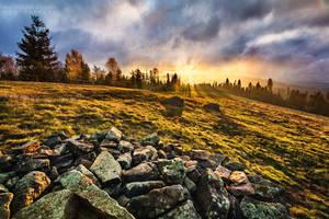 Autumn sunrise by Dybcio
