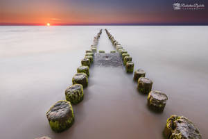 White sea by Dybcio