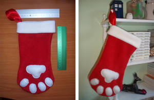 Christmas Stocking Paws FS by Ishtar-Creations