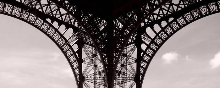 Eiffel Curves by JayBNyze
