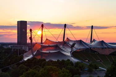 Olympiastadion at sunset (Munich) by Andr345R