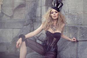 Retro Futurist by Ophelia-Overdose