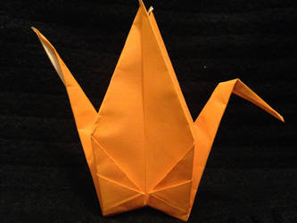 standing orange crane by Sadakocranes
