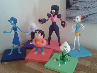 Steven Universe Clay Statues by claudio10996