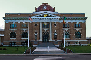 Franklin County (Washington) Court House by quintmckown
